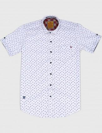 Gianti printed white hued shirt