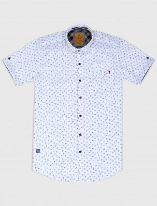 Gianti white half sleeve printed shirt