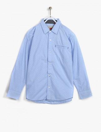 Gini and Jony light blue shirt