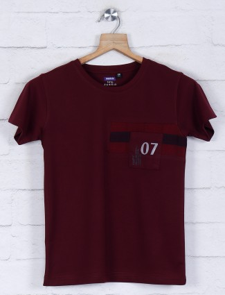 Gini and Jony presented maroon solid t-shirt