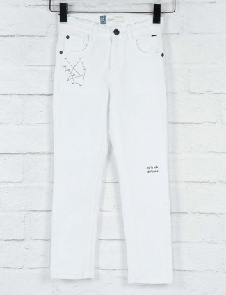 Gini and Jony white color denim solid jeans