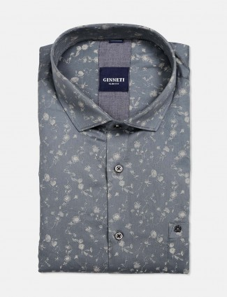 Ginneti presented grey printed shirt