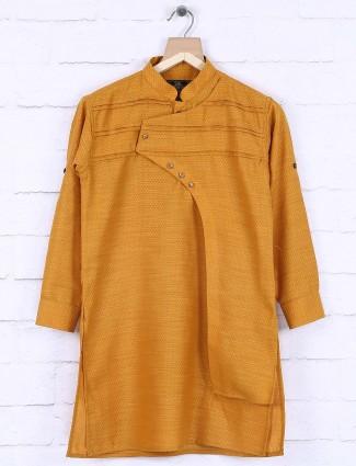 Gold colored zitter pattern solid kurta