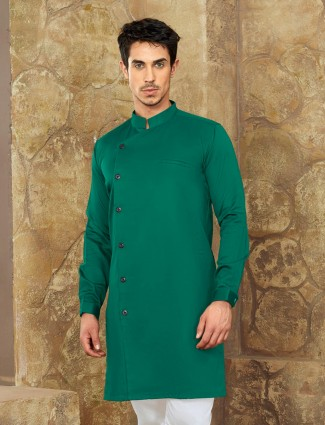 Green hue mans short pathani