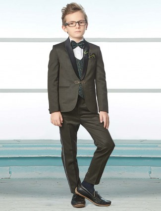 Green hue terry rayon party wear tuxedo suit