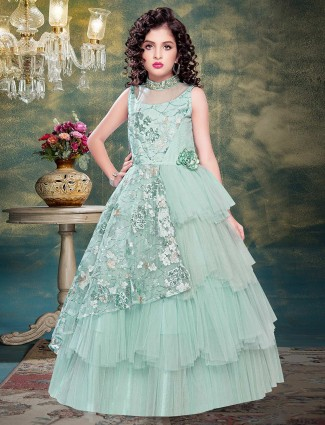 Green layer style net wedding gown