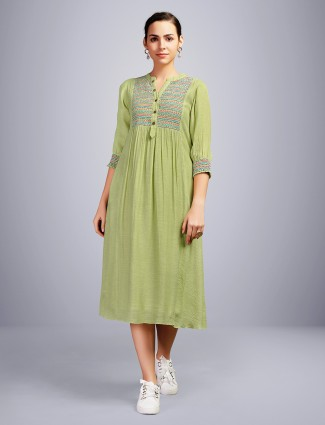 Green thread woven kurti