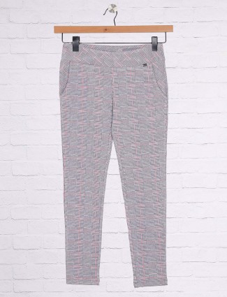 Grey color cotton casual wear jeggings