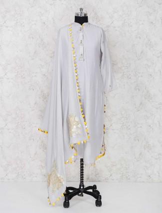 Grey punjabi palazzo suit in cotton fabric