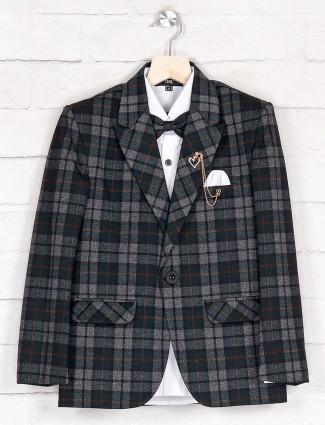 Grey terry rayon checks tuxedo suit