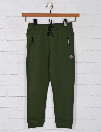 Gusto solid olive cotton trackpant