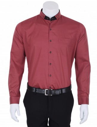 I Party mens maroon party wear plain slim fit cotton shirt