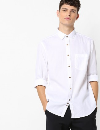 Indian Terrain white solid shirt