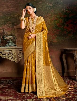 Latest gold handloom banarasi silk saree for wedding days