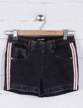Leo N babes grey denim shorts
