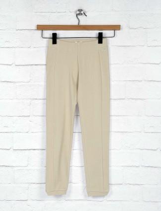 Leo N Babes solid beige hue cotton jeggings