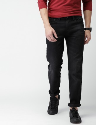 Levis black slim fit jeans