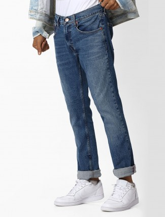 Levis blue color jeans