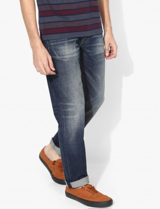 Levis blue color simple jeans