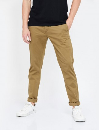 Levis casual light brown slim taper fit trouser