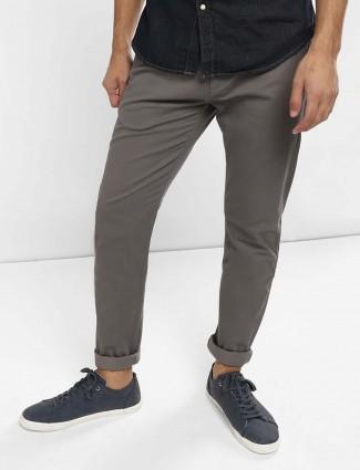 Levis denim grey hued solid jeans