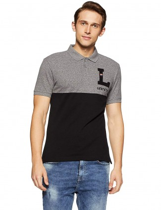 Levis grey and black solid t-shirt