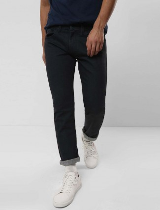 Levis jet black solid slim fit jeans