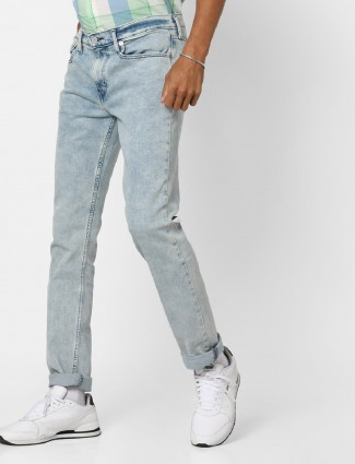Levis light blue jeans