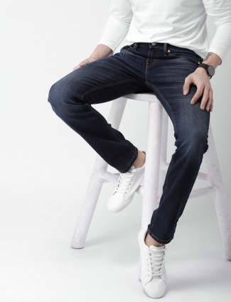 Levis plain blue color jeans