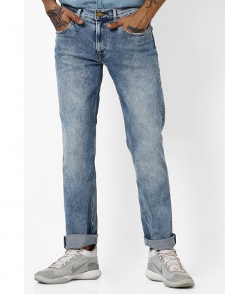Levis plain light blue washed jeans