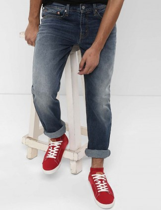 Levis solid washed navy hued denim jeans