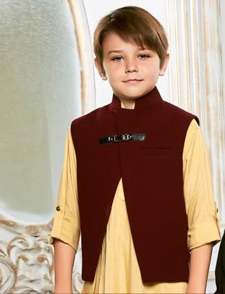 Light yellow silk waistcoat set