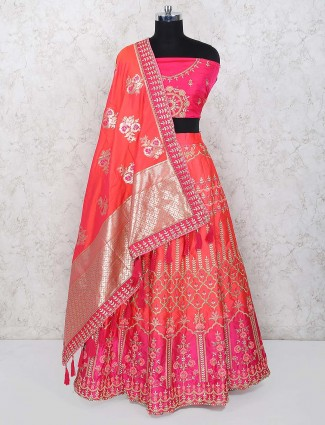 Magenta hue lovely semi stitched lehenga choli in silk