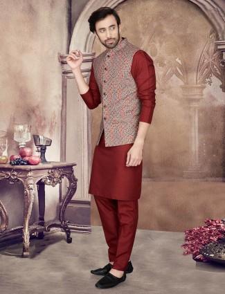 Maroon cotton silk mens waistcoat set printed style