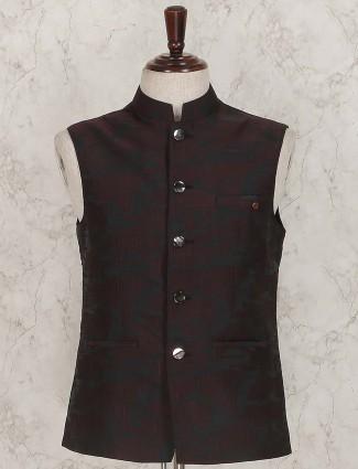 Maroon hue solid terry rayon waistcoat