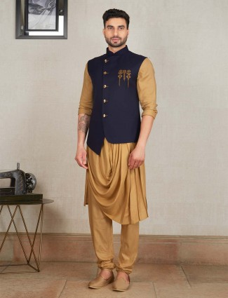 Mens party wear navy hue waistcoat set