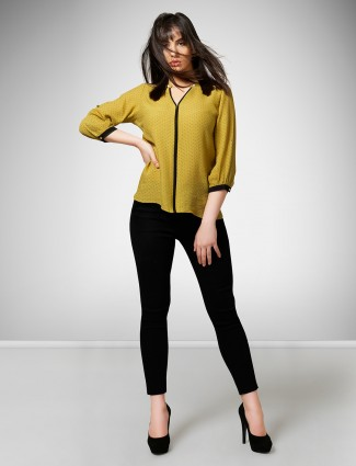Mustard yellow casual wear top in crepe