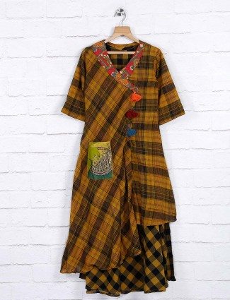 Mustard yellow hued cotton fabric kurti