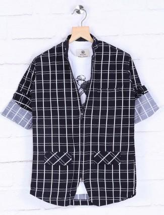 Navy hued checks pattern blazer