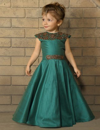 Nice solid green silk gown