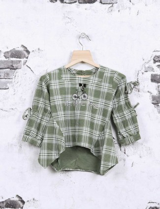 Nofear green checks top for girls
