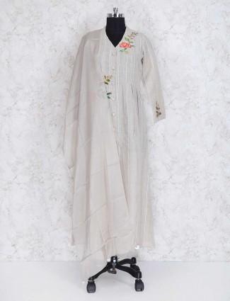 Off white linen fabric punjabi suit
