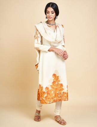 Off white punjabi churidar suit in cotton