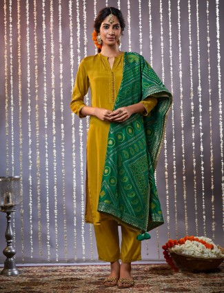 Olive kurta set with pants in cotton