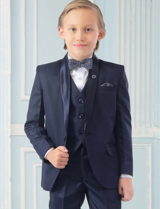One buttoned placket navy terry rayon tuxedo suit