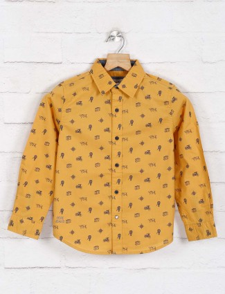 Pepe jeans presented mustard yellow printed shirt