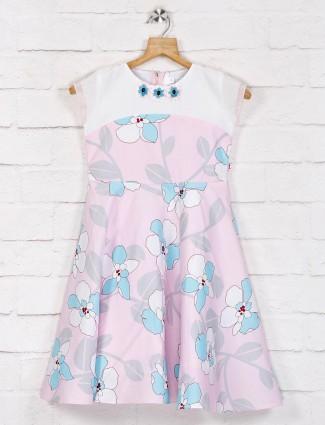 Pink printed sleeveless pattern frock