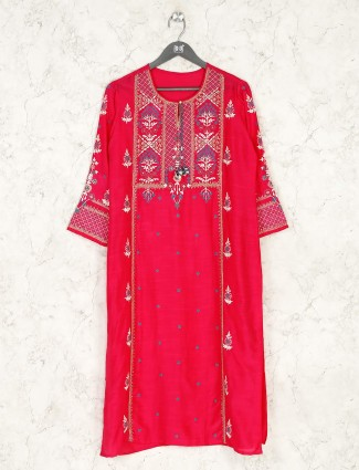 Pink thread embrodiered cotton kurti for festival