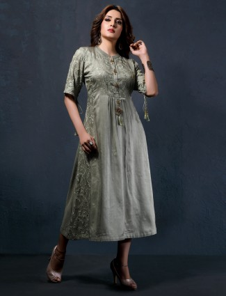 Pista green kurti in cotton silk