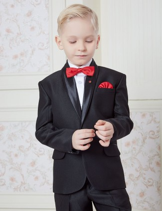 Plain black color tuxedo suit